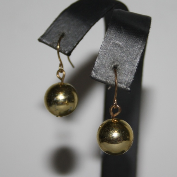 f2f808ae0 Vintage gold ball dangle earrings. Vintage. M_5bbcee642beb791bceb30d0c.  M_5bbcee646a0bb71f809ee524. M_5bbcee647386bc15c3f93749.  M_5bbcee64c617776341d3435b
